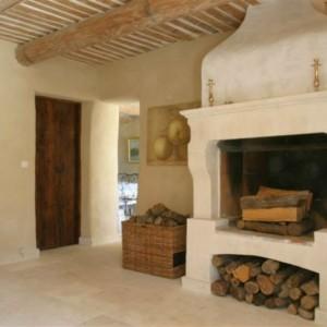 Камин в прованском стиле для дома и дачи