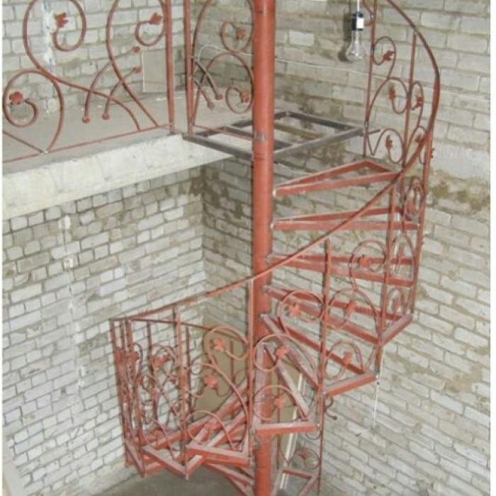 Лестница винтовая метал своими руками